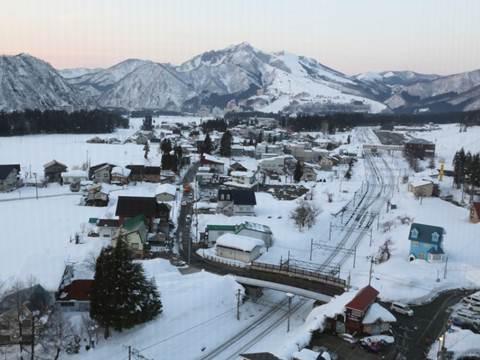 東京滑雪,飯店旁就是雪樂園